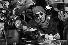 Chiosco Degli Sportivi (Pierrot le chat) Tags: streetphotography scènederue firenze italia florence italy chioscodeglisportivi window coffee blackandwhite noiretblanc candid