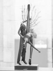 Sculpture as Background (zeevveez) Tags: zeevveez zeevbarkan canon זאבברקן bw sculpture background