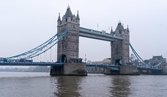 Tower Bridge (Rambo2100) Tags: towerbridge icon bridge london england uk rambo2100 thames river blue water mist