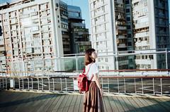 漫步在台北 (Mr.Sai) Tags: ricohgr128mmf28 fujixtra400film analog film filmisnotdead portrait rena girl taiwan taipei 高雄自由沖掃 c41 process street life