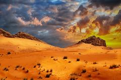 Fossil Rock sunset (keltia17) Tags: fossilrock uae emirates eau desert désert desierto sunset coucherdesoleil red orange jaune rouge sable sand sky ciel cielo