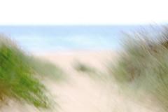 ICM 2019 1 #9 (haywoodtaylor) Tags: beach minimalist icm blur sea coast intentionalcameramovement sky mist water ocean lakeside grass