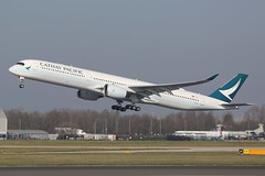 B-LXI CATHAY PACIFIC AIRWAYS AIRBUS A350-1041 (Roger Lockwood) Tags: blxi cathaypacificairways airbusa350