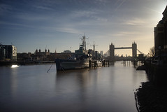 Thames morning (EricMakPhotography) Tags: morning thames river sun reflection longexposure london towerbridge ship sky