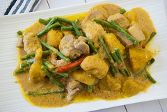 Pork Ginataan with Squash and String Beans (ChrisN02) Tags: food coconutmilk squash stringbeans pork chili yellow green tasty delicious asian plate white asianfood filipinofood lasvegas nevada unitedstates