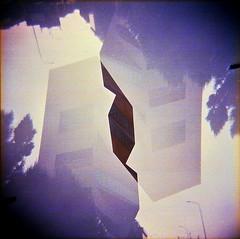 [La Mia Città] e la nuova Torre della Fondazione Prada (Urca) Tags: holgalomo201810240004 milano italia 2018 holga lomo doppiaesposizione doubleexposure analog analogico 120 6x6 square medium multi film filmisnotdead toycamera fondazioneprada