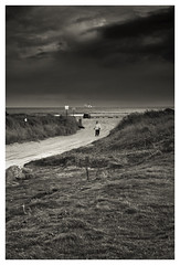 Dollymount (béalbocht) Tags: dollymount dublin ireland people street sea ferry grass sanddunes clouds