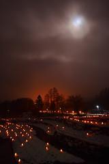 DSC_0014_001 (Medelwr) Tags: 冬 winter snow 雪 夜景 night landscape 風景 赤 red 月 moon
