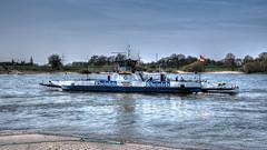 Fähre Walsum (lutzmarl) Tags: fähre orsoy walsum rhein wasser schiff nikon d7000 sigma 1770