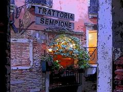 Romantic night in Venice / Nuit romantique à Venise (4) (GEMLAFOTO) Tags: venice venise trattoriasempione