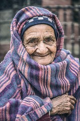 Warm Smile (Roberto Pazzi Photography) Tags: portrait people street eyes travel old woman nepal face asia blanket kathmandu elderly elder finger culture place photography glance hand oneperson closeup outdoor nikon smile