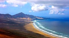 Westküste der Halbinsel Jandia / Fuerteventura (Wolfgang.W. ) Tags: fuerteventura halbinseljandia kanaren westküste meer atlantik see berge wolken
