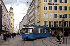 P-Solo 2005 in der Theatinerstraße (Frederik Buchleitner) Tags: 2005 fahrschule liniee munich münchen psolo pwagen strasenbahn streetcar tram trambahn