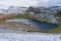 Breathtakingly beautiful snow capped black mountains Brecon (samanthalewisphotography) Tags: mountain llynyfanfach black mountains brecon breconbeacons snow