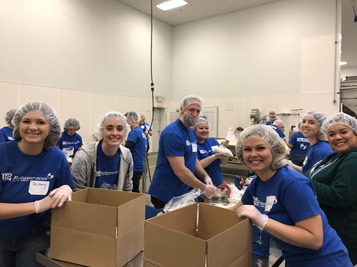 """Nordstrom and Washington Shoe Company help feed Seattle. • <a style=""""font-size:0.8em;"""" href=""""http://www.flickr.com/photos/45709694@N06/40576396183/"""" target=""""_blank"""">View on Flickr</a>"""