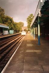 1719 enters Chigwell (Chris W 72) Tags: londonunderground 62tubestock 62ts centralline chigwell chigwellstation 1719