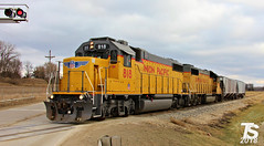 2/2 UP 818 Leads 2 Covered Hoppers to Alden, IA 12-23-18 (KansasScanner) Tags: iowafalls ackley iowa bradford train railroad csx cn up iarr
