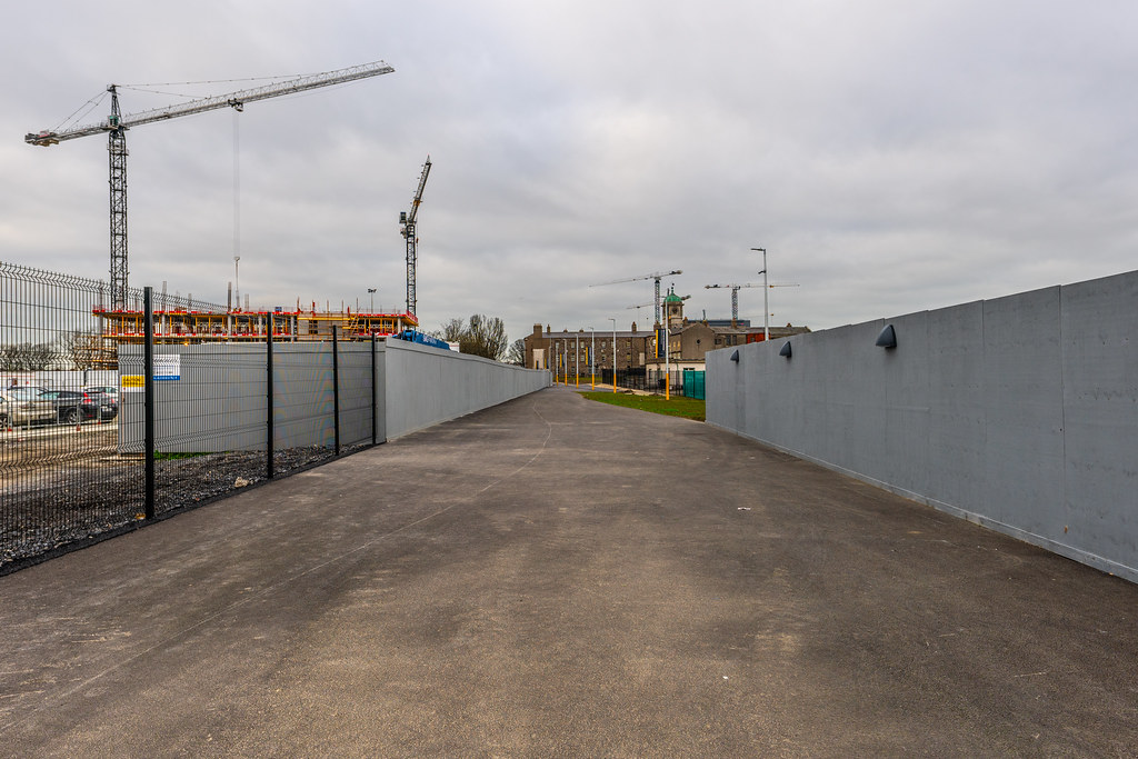 LIMITED ACCESS TO THE GRANGEGORMAN CAMPUS EAST-WEST CYCLE PATH [GRANGEGORMAN STATION AND LUAS TRAM STOP]-147400