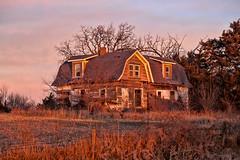 Abandoned Farmhouse (nikons4me) Tags: abandoned farmhouse iowa ia decay decaying morning autumn fall fence canoneos5dmarkii oncewashome