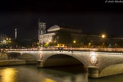 Pont au Change (jesussanchez95) Tags: pontauchange puente paris nocturna noche night urbanlandscape paisajeurbano arquitectura architecture bridge