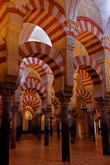 The mosque part of Mezquita-Catedral de Córdoba (HansPermana) Tags: cordoba spain spanien españa eu europe europa südeuropa southerneurope iberianpeninsula umayyad umayyadcaliphate mezquitacatedral mosquecathedral historic oldbuilding interior