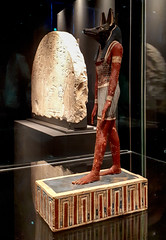 20181024_113640 (durr-architect) Tags: national museum antiquities leiden rijksmuseum oudheden exhibition godsofegypt ancient egyptian pantheon treasures sculptures gods goddesses magical papyri gold jewels painted mummy cases