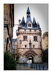 La Porte Cailhau (Jean-Louis DUMAS) Tags: hdr raining pluie urbain place ville architecture bordeaux porte tour château castle