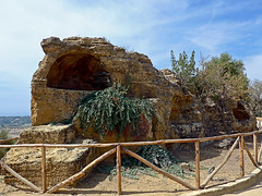 photo - Early Christian Burial Tombs, Valley of the Temples (Jassy-50) Tags: photo valleyofthetemples agrigento sicily italy citywall wall crypt burialtomb arcosolium christiantomb tomb fence unescoworldheritagesite unescoworldheritage unesco worldheritagesite worldheritage whs