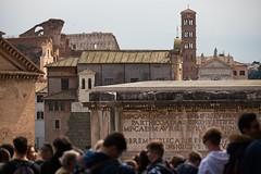 Il Fascino della Storia (Roma 2019) / The Charm of History (Rome 2019) (Stefano Innocenzi) Tags: roma street architettura arte storia cultura paese streetereportage fascino interesse persone