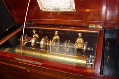 Swiss musical box with revolving pin cylinder (Davydutchy) Tags: utrecht nederland netherlands niederlande paysbas holland museum speelklok tot pierement steenweg mechanical music muziekdoos speeldoos musical box swiss march 2019