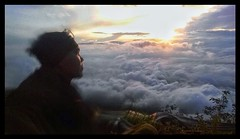 #sunrise #cloudy #awan #highlight #adventure #firsttime #mountain #javanesemountain #centerjava #beautyful #amazing #allah #givesunshine #sunshine #sunset (deeeva867) Tags: sunrise cloudy awan highlight adventure firsttime mountain javanesemountain centerjava beautyful amazing allah givesunshine sunshine sunset