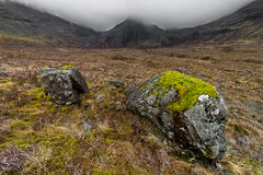 Hors-piste aux Fairy Pools (stephanegachet) Tags: ecosse scotland skye landscape paysage fairypools stephanegachet gachet
