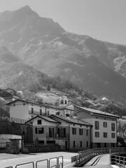 (Paolo Cozzarizza) Tags: italia lombardia brescia pisogne panorama chiesa strada