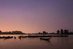 Si Phan Don (4000 islands), Laos (pas le matin) Tags: travel voyage world asia asie southeastasia boats bateaux sunset coucherdesoleil tree arbre sky ciel siphandon 4000islands 4000îles laos lao mekong water fleuve river rivière canon 7d canon7d canoneos7d eos7d