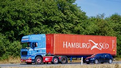XT94921 (18.07.24, Motorvej 501, Viby J)DSC_5689_Balancer (Lav Ulv) Tags: 256006 vesløsvognmandsforretning r500 v8 topline 6x24 r5 euro4 e4 2008 container scania rseries pgrseries scaniarseries hamburgsüd truck truckphoto truckspotter traffic trafik verkehr cabover street road strasse vej commercialvehicles erhvervskøretøjer danmark denmark dänemark danishhauliers danskefirmaer danskevognmænd vehicle køretøj aarhus lkw lastbil lastvogn camion vehicule coe danemark danimarca lorry autocarra danoise vrachtwagen trækker hauler zugmaschine tractorunit tractor artic articulated semi sattelzug auflieger trailer sattelschlepper vogntog oplegger sættevogn motorway autobahn motorvej vibyj highway hiway autostrada