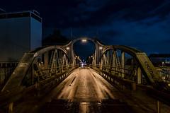 Nachtbrücke (st.weber71) Tags: nikon nrw niederrhein nightshot nachtfotografie nightlights nachts nachtaufnahme nacht night nachtfoto nachthimmel deutschland d850 krefeld brücke brücken langzeitbelichtung lzb illumination lichter licht architektur abendstimmung abendhimmel laternen hafengebiet beleuchtung beleuchtet