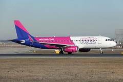 Wizz Air   A320-232(S)   HA-LYZ (Globespotter) Tags: frankfurt main wizz air a320232s halyz