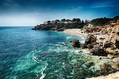 Cala Xelin II (candi...) Tags: cala calaxelin ametllademar playa mar agua rocas bosque arboles naturaleza nature airelibre costa olas aguacristalina sonya77ii