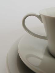White Gold - KPM, Berlin. (alterahorn) Tags: macromondays whiteonwhite kpm berlin porzellan manufaktur service espressotasse untertasse teller espressocup saucer plate weisesgold whitegold olympus olympuspenf olympusmzuiko mzuiko12100mmmdxo