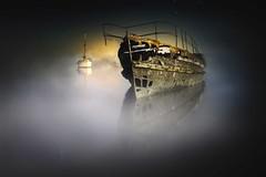 Una historia de piratas3 (niripla) Tags: bretagne quelmer boat barco decay abandonado nocturna france francia bretaña