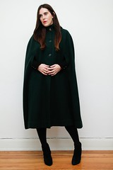 ets-groen-donkel-il_1140xN.1764493277_84l2 (rainand69) Tags: cape umhang cloak pèlerine pelerin peleryna