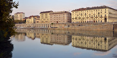 Morning by the river (Thomas Roland) Tags: façade mirror landscape reflection spejl water slow pale europe travel efterår autumn herbst 2018 nikon d7000 europa city by torino turin tourists tourism tourist italy italia italien rejse view udsigt river flod po flodbred waterfront morning morgen