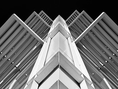 AIG Ireland Building (RobertLx) Tags: architecture building bw monochrome city dublin ireland éire island europe aigireland guildst nwallquay blacksky geometric symmetry docklands travel