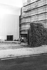 Futuristic Christo. (FrédericLouis) Tags: christo futuristic architecture facade scaffolding construction gent ghent belgium blackandwhite bnw