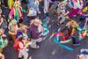 117-Carnaval couleurs (Alain COSTE) Tags: bordeaux carnaval coursvictorhugo déguisement lesgens parkingvictorhugo pointdevue procession sociabilité confetti défilé foule hauteur rue gironde france fr