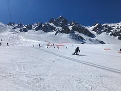 Slopes Of Courchevel (Marc Sayce) Tags: spring march 2019 mountains snow snowboarding skiing ski resort three valleys trois vallées savoy savoie courchevel france