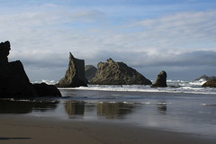 A collection of sea stacks (rozoneill) Tags: bandon beach face rock coquille point river devils kitchen oregon coast trail hiking