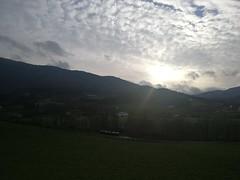 Sol entre las nubes (eitb.eus) Tags: eitbcom 30864 g1 tiemponaturaleza tiempon2019 invierno gipuzkoa oñati koldomedrano