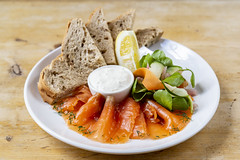 Adnams Rising Sun Gin Salmon (Adnams) Tags: thecrosskeysaldeburgh crosskeys aldeburgh suffolk pub adnams