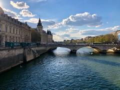 Paris (pshiv) Tags: 2019 april spring afternoon light blue cite water clouds sun sky river brige seine paris iphone8 iphone apple